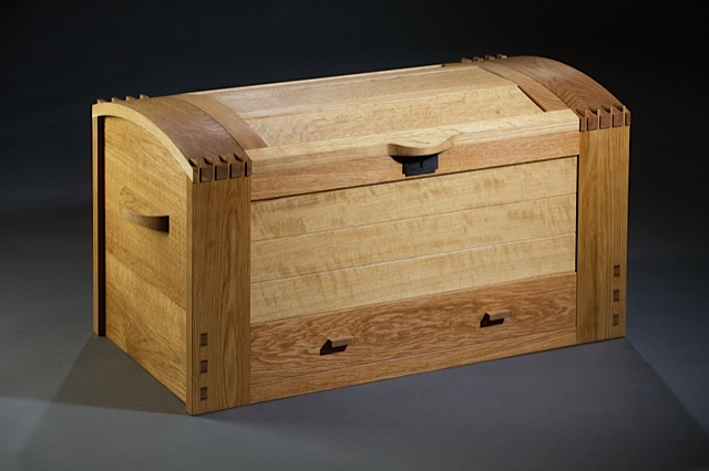 Chest made by Erik Curtis